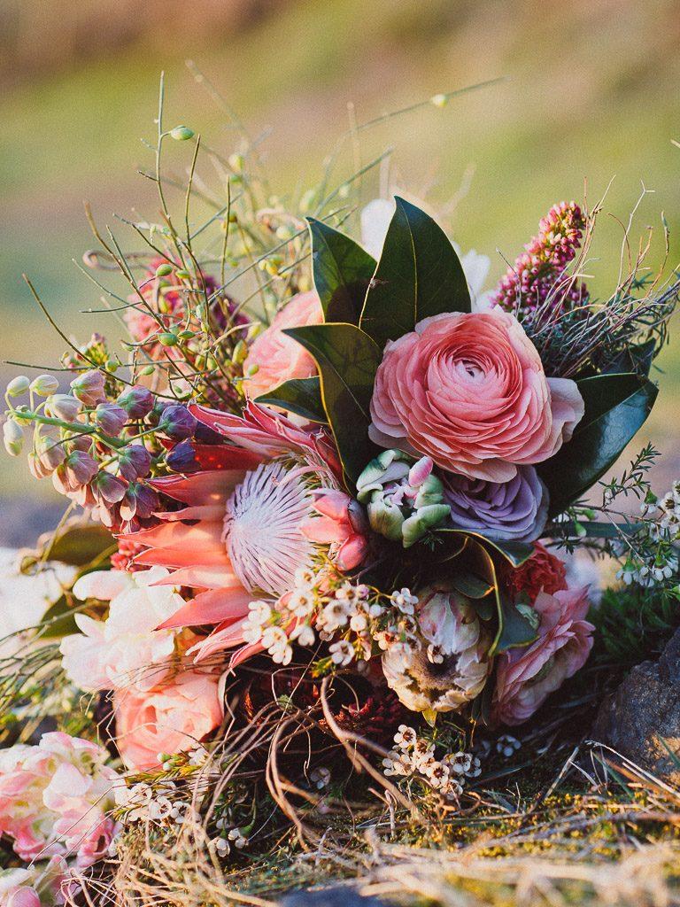 Boho Wedding Inspiration Yolan Cris Vivid Symphony Photography