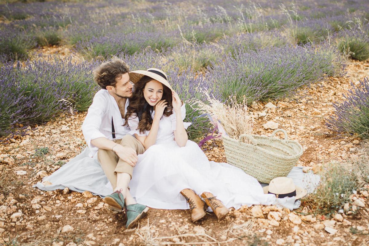 Lavendel Liebe: After Wedding Shoot in Spanien