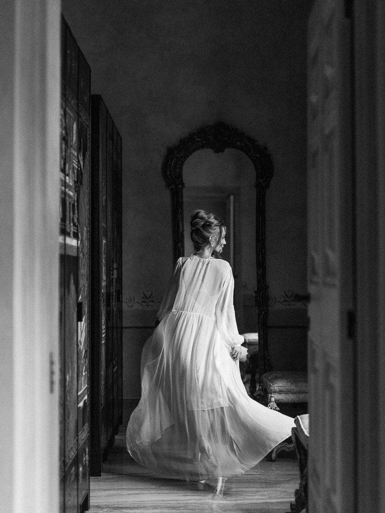 Sensual & professional Boudoir Shoots | Vivid Symphony Photography