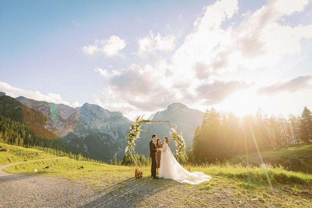 Juli & Michael <br/> Elopement in den Alpen